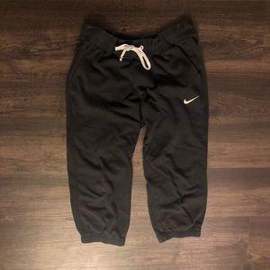 Black Nike cropped sweats